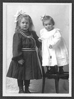 The Usher sisters as children