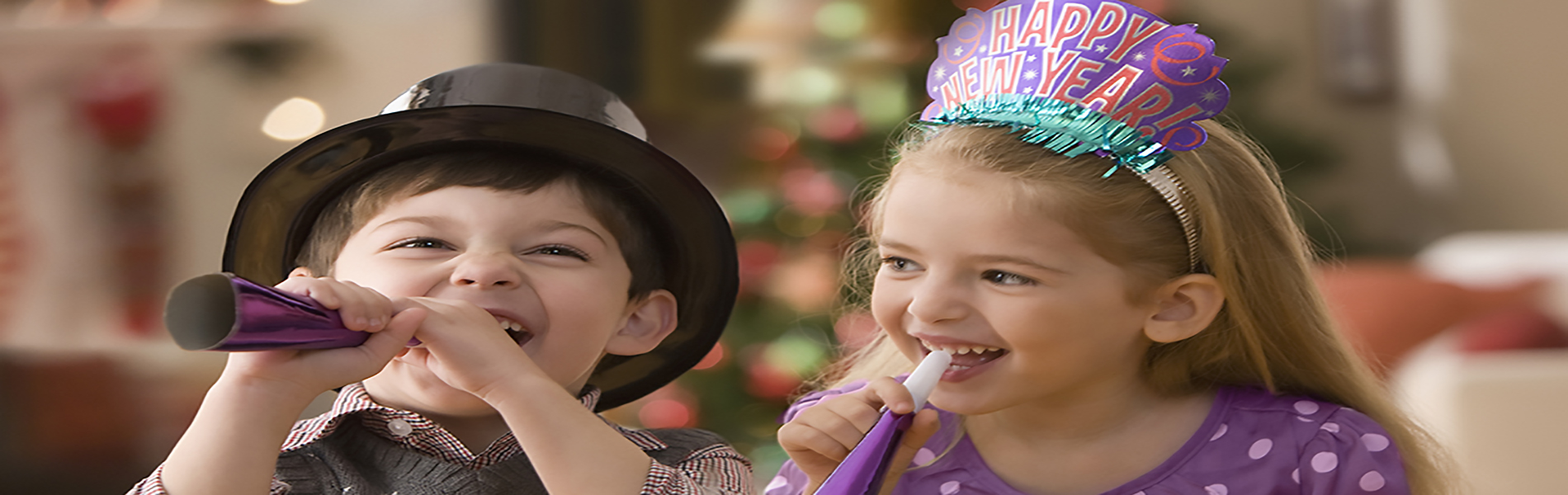 kids-celebrating-new-year