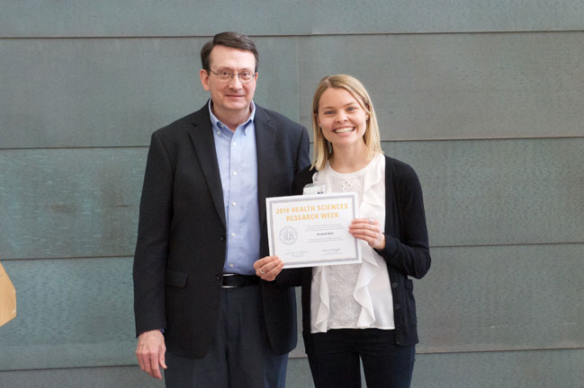 Elizabeth Bald receives award