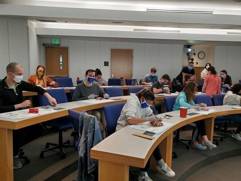 (FMIG) students practicing
